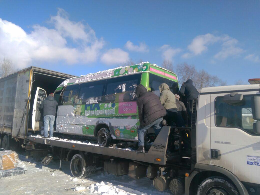 фото эвакуатора на Севастопольском